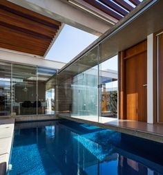 Galeria de Casa das Pérgolas Deslizantes / FGMF Arquitetos - 2