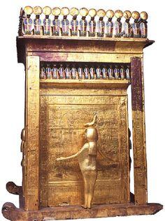 Tutankhamun's Canopic Coffin lzettl The shrine that stored King Tut's canopic jars.