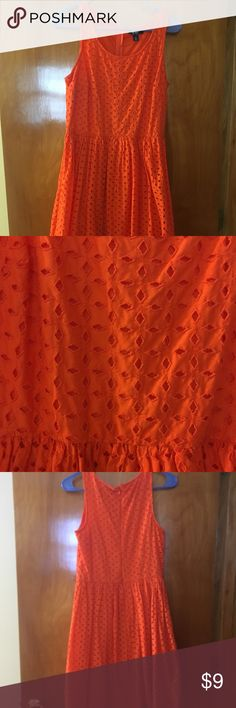 Old Navy Dress Beautiful orange dress with lining, worn a few times Old Navy Dresses