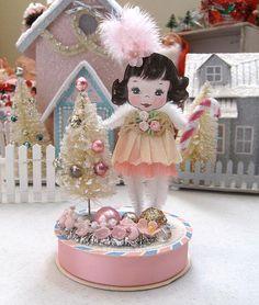 Oh Christmas Tree. Pink Christmas Tree, Shabby Chic Christmas, Christmas Mood, Vintage Christmas, Christmas Decorations, Xmas, Christmas Ornaments, Victorian Christmas, Christmas Projects
