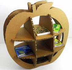 The Big Apple cardboard bookcase Cardboard Display, Cardboard Sculpture, Cardboard Paper, Cardboard Crafts, Diy Paper, Wood Crafts, Diy And Crafts, Arts And Crafts, Diy Cardboard Furniture