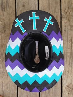 Custom Painted Chevron Hat by RodeoPrideHats on Etsy Cowgirl Hats, Western Hats, Cowboy And Cowgirl, Cowgirl Style, Cowgirl Outfits, Cowgirl Clothing, Barrel Racing Outfits, Paint Chevron, Country Hats