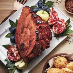 Pineapple-and-ginger-glazed ham - Chatelaine