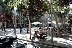 La Virreina's Square Barcelona (by Pedro Ghinaglia)