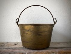 Brass Farmhouse Bucket, Vintage Feed Bucket, Antique Milking Pail, Country Decor #AntiqueMilkingPail #BucketBrass #MilkingPail #CountryDecor #FeedBucket #VintageFeedBucket #RusticFarmhouse #BrassFarmhouse #FarmhouseBucket #WesternDecor Western Decor, Country Decor, Pail Bucket, Diy Bird Feeder, Wood Candle Holders, Antique Farmhouse, Antique Auctions, Architectural Salvage, Brass