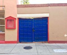 #doorsofinstagram #doors #doorsandwindowsoftheworld #southwest #newmexico #santafe