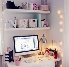 Cute desk for teen bedroom: (cool office desk girls bedroom) Teenage Girl Bedroom Designs, Teenage Girl Bedrooms, Girls Bedroom, Bedroom Desk, Home Decor Bedroom, Warm Bedroom, Bedroom Corner, Home Office, Office Desk