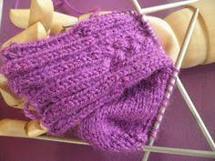 ARTES-ANAS: CALCETINES 5 AGUJAS,TALÓN Y CAZUELA, (2 DE 3) Knitted Hats, Knitting, Knit Socks, Long Scarf, Tricot, Crochet Socks, Crochet Boots, Totes, Casserole