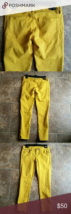 "J. Crew toothpick 27 ankle mustard skinny jeans EUC super cute mustard skinny jeans. 15"" waist, 7.5"" rise, 27"" inseam. I discount bundles! Make me an offer! J. Crew Jeans Ankle & Cropped"