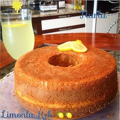 Taze limon mevsimi başladı ve bizde mis kokulu taze limonlarla nefis bir limon… The fresh lemon season started and we prepared a delicious lemon scent with fresh scented lemons ! Pasta Cake, Turkish Sweets, Foundant, Pudding Cake, Turkish Recipes, Desert Recipes, Cake Cookies, No Bake Cake, Yummy Cakes