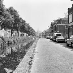 Overzicht Brouwersvaart vanaf Oranjeboomstraat naar het oosten - Haarlem - 20095736 - RCE - Brouwersvaart - Wikipedia