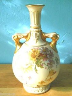 """Vtg 10"""" Hand Made Art Glass Pink & White Swirl Pedestal Vase w Ruffle Rim Lip Listing in the Other,Royal Worcester,China & Porcelain,Porcelain, Pottery & Glass Category on eBid United States"""