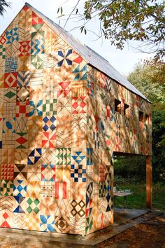 Ecology of Dartford, Kent. As part of a project to bring public function to Ecology Island in Central Park, a neglected corner of Dartford, we have designed a colourful building to act as jolly custodian for the re-imagined park. Barn Quilt Designs, Barn Quilt Patterns, Quilting Designs, Country Barns, Old Barns, Patchwork Quilting, Studio Weave, Painted Barn Quilts, Painted Walls