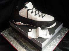 air-jordan-ix-9-birthday-cake-01