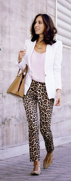 Everyday New Fashion: Pink + Leopard by Sweet Freckles Work Fashion, New Fashion, Fashion Brands, Fashion Outfits, Womens Fashion, Luxury Fashion, Blazer Off White, Pink Leopard, Leopard Pants