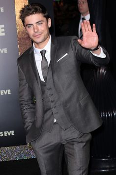 Zac Efron, Michelle Pfeiffer at New Years Eve premiere