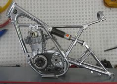 Motorcycle Dirt Bike, Cafe Racer Motorcycle, Custom Motorcycles, Custom Bikes, Motos Trial, Honda, Cafe Racer Bikes, Cafe Racers, Diy Go Kart