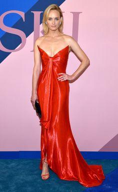 CFDA Awards 2017 Best Dressed Stars - Amber Valletta in Oscar de la Renta