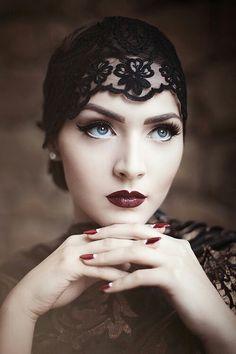 Retró hölgy Retro Wedding Makeup, Vintage Makeup, Gatsby Makeup, Retro Makeup, Flapper Makeup, Roaring 20s Makeup, 1920s Inspired Makeup, 20s Flapper, Vintage Inspired