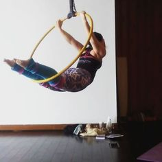 Roll on hoop this morning! :) #aerialhoop #aerialyra #aerial #aerialist #aerialarts #aerialnation #lyra #circus #circusarts #circusinspiration #inspiration #fitspiration #motivation #fitness #strongwoman #flexible #splits #russiansplit #beastlybuilt #tikiboo #leggings #aerialhoopcombo #homedowntown #downtownaugusta #augustaga #augustageorgia #augusta #aerialhoopgoals