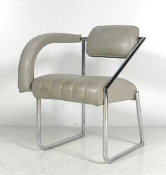 Eileen Grays non conformist chair. It's easy to forget how stunning her designs actually were until you google image her name and see it all at once- just an amazing eye, truly one of the giants of modernist furniture design.