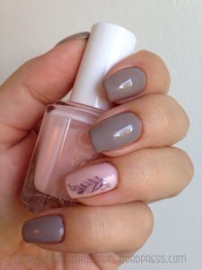 Neutral feather mani