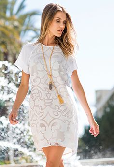 Super sexy lace dress. Perfect for spring or summer.