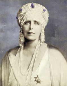 Queen Marie of Romania, wearing the kokoshnik tiara, over a bandeau with pearls, diamonds and sapphires, created by Cartier jewelry company in 1920 Royal Crown Jewels, Royal Jewelry, Gold Jewellery, Royal Tiaras, Tiaras And Crowns, Royal Crowns, Queen Mary, King Queen, Romania People
