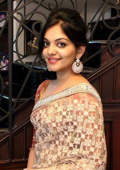 Indian Beauty, Krishna, Street Photography, Cute Pictures, Photo Galleries, Sari, Stylists, Gallery, Bikinis