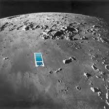 Encontram mais água na Lua... e desta vez ela não está no fundo de crateras nos pólos