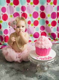 My sweet baby girls first birthday pictures.