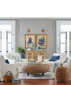 Cozy coastal living room decorating ideas (15)