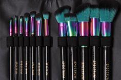Spectrum Collections 12 piece Siren Brush Set & Roll- SO PRETTY