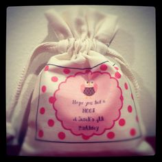 Owl themed birthday party was a real 'Hoot'. Loved designing these bags ... so cute