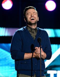 Justin Timberlake draws on Muhammad Ali as he accepts Decade Award My Love Justin Timberlake, Prince Of Pop, Austin Mahone, Teen Choice Awards, Muhammad Ali, Jimmy Fallon, Celebrity Couples, My Boyfriend, Michael Jackson