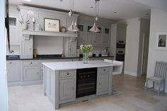 Anna Wright's lovely new kitchen shared via thedecorcafe.com