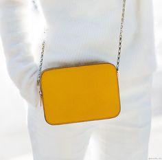 Yellow Valextra petit purse / Garance Doré
