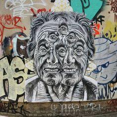 PYRAMID ORACLE  .. in Shoreditch / London .. ph. Paul Ryan ..  [UK 2016] Paul Ryan, Urban Art, Ph, Graffiti, Street Art, Lion Sculpture, Skull, Statue, London