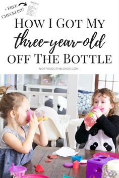 The older the get, the more attached to their bottles they get - here is how to wean your toddler & transition them to sippy cups and no more bottles at bedtime. A free guide and free checklist included! Free Parenting Classes, Parenting Memes, Kids And Parenting, Toddler Bottles, Baby Bottles, Weaning From Bottle, Weaning Toddler, Toddler Bedtime, Practical Parenting