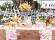Hermosa mesa de dulces #planeamiboda #bestwedding, #bestweddingever