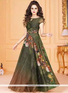 Be an angel with this alluring multicolour tussar silk gown suit for eid ul-fitr This designer evening gown dress beautifuly decorated with unique digital printed work. Floral Print Gowns, Printed Gowns, Party Wear Long Gowns, Party Gowns, Designer Evening Gowns, Designer Gowns, Designer Anarkali, Buy Gowns Online, Online Clothes