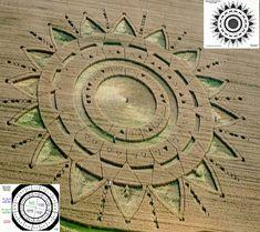 """Descifran el Crop Circle que apareció en Torino Italia el 23 de junio de 2015.   """"Guardaos de los extraterrestres con regalos! Esos dones..."""
