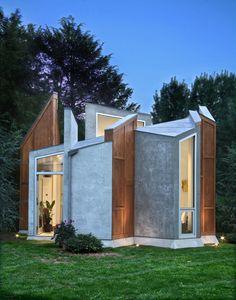 BUTTERFLY STUDIO by Valerie Schweitzer Architecture http://www.archello.com/en/project/butterfly-studio?utm_content=bufferd84c3&utm_medium=social&utm_source=pinterest.com&utm_campaign=buffer Photo by: Tom Leighton