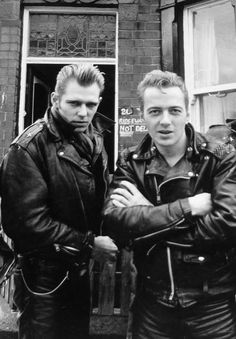 Paul Simonon & Joe Strummer