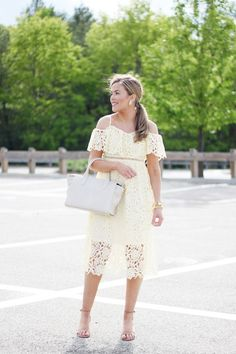 loving this little yellow lace dress Boho Fashion Over 40, Fashion For Women Over 40, Spring Fashion, Yellow Lace Dresses, Lace Summer Dresses, White Dress, Fashion Courses, Ethnic Outfits, Night Outfits