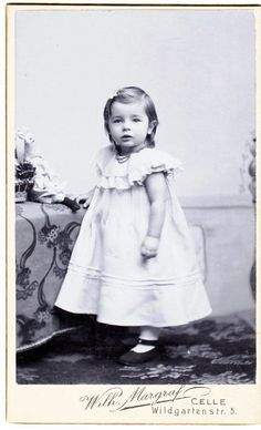 Antique CDV photo - Pretty Little Edwardian Girl with Doll