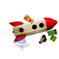 Foguete, foguete de madeira, foguete kitopeq, astronauta de brinquedo, astronauta de madeira, brinquedos educativos, brinquedos madeira, brinquedos kitopeq