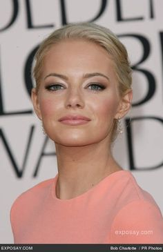Take a look at the best Emma Stone makeup in the photos below and get ideas for your cute outfits! The Freebird : Wedding Beauty: Make-up Image source Natural Wedding Makeup, Wedding Hair And Makeup, Wedding Beauty, Natural Makeup, Hair Makeup, Simple Makeup, Bridal Makeup For Blondes, Eye Makeup, Fresh Makeup