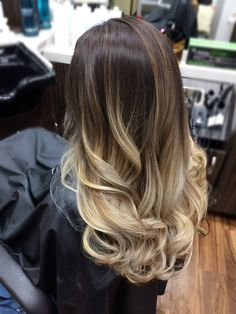 Balayage multi toned in 2019 окрашивание волос, Ombre Hair Color, Hair Color Balayage, Blonde Balayage, Hair Colors, Brown Hair With Blonde Highlights, Hair Highlights, Wavy Hair, Dyed Hair, Beautiful Hair Color