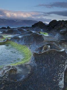 Moonscape in Scotland? - Eigg, Scotland| image by Maurice Zelissen